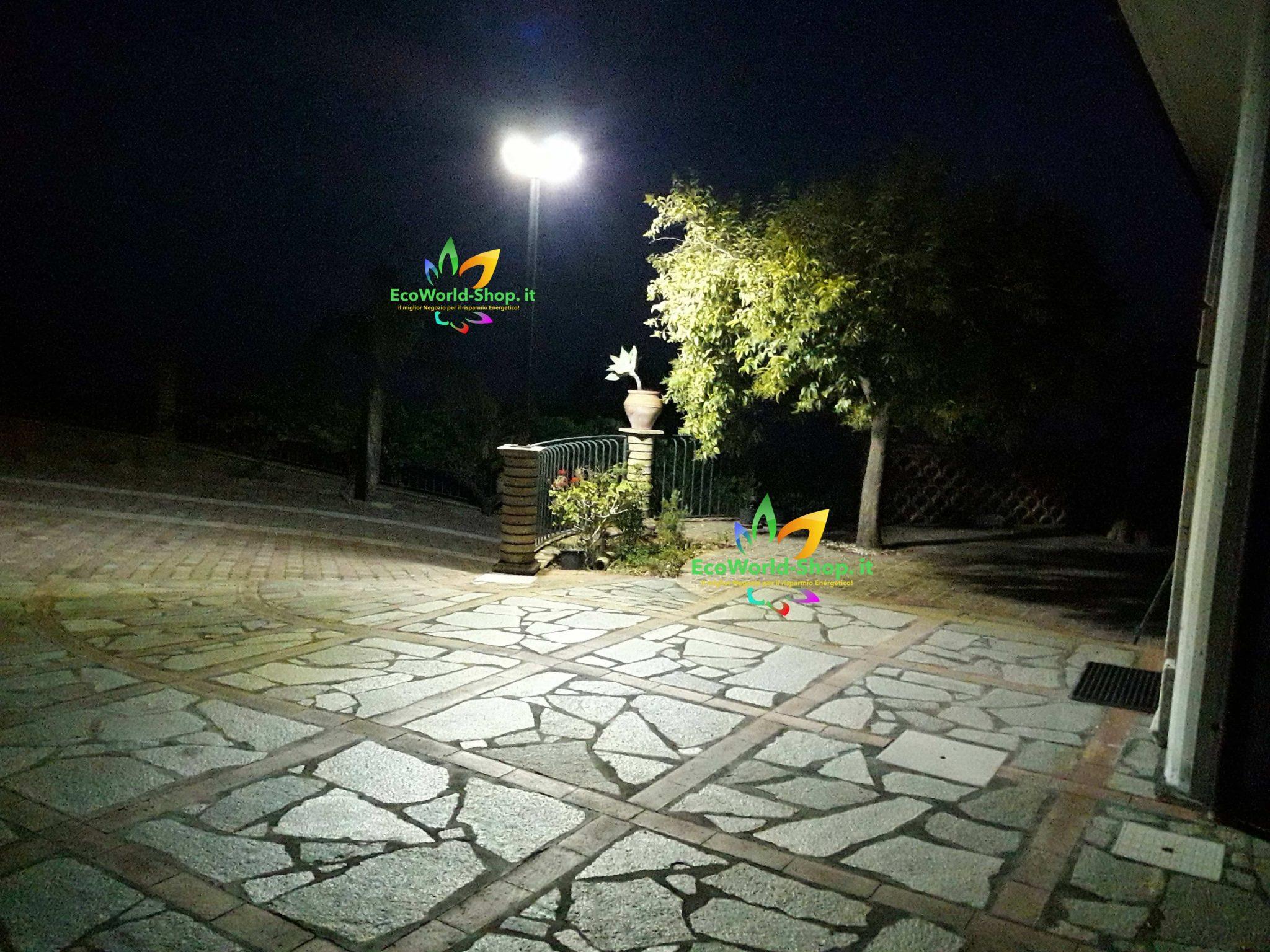 Lampione a led ad energia solare per esterno sfera ecoworld shop