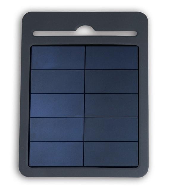 Carica batterie solare di colore grigio per smartphone e altri dispositivi