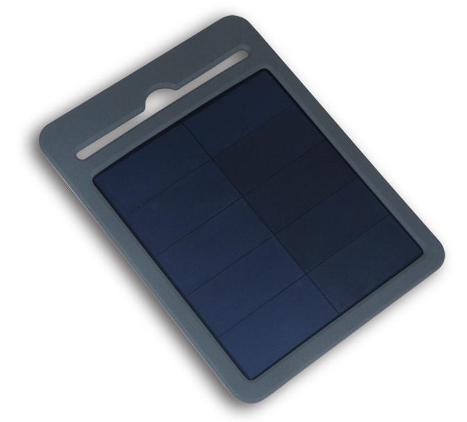 Carica batterie con pannello fotovoltaico e batteria interna per accomulo carica