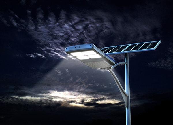 Illuminazione stradale con pannelli fotovoltaici supporto