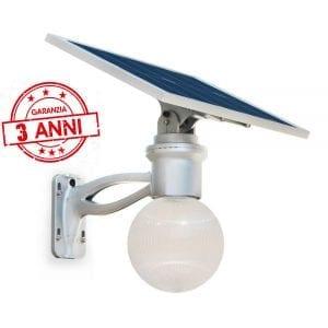 Lampione solare con pannello fotovoltaico orientabile, telecomando e 3 anni di garanzia