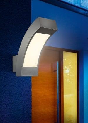 Illuminazione esterna con applique a led luce naturale