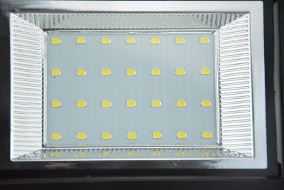 Faretto led da esterno con pannello solare fotovoltaico ecoworld