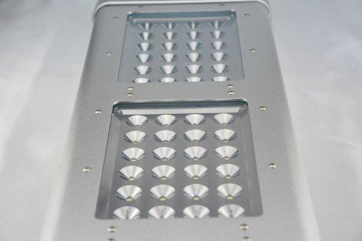 Lampione solare a led dettaglio parte illuminante
