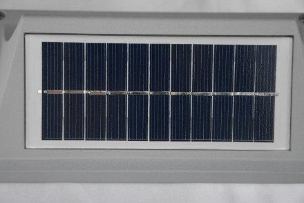 Sgnapasso solare dettaglio pannello fotovoltaico