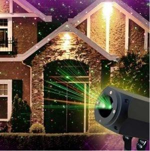 Illuminazione natalizia con proiettore laser
