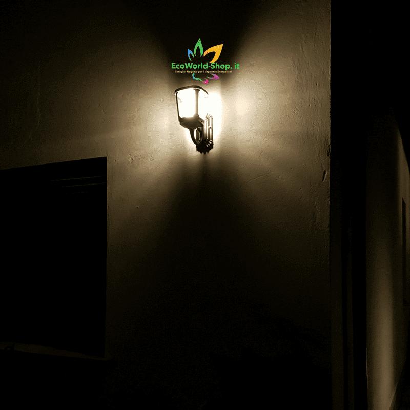 Lampada da parete ad energia solare luce calda ecoworld - Lampada ad energia solare da esterno ...