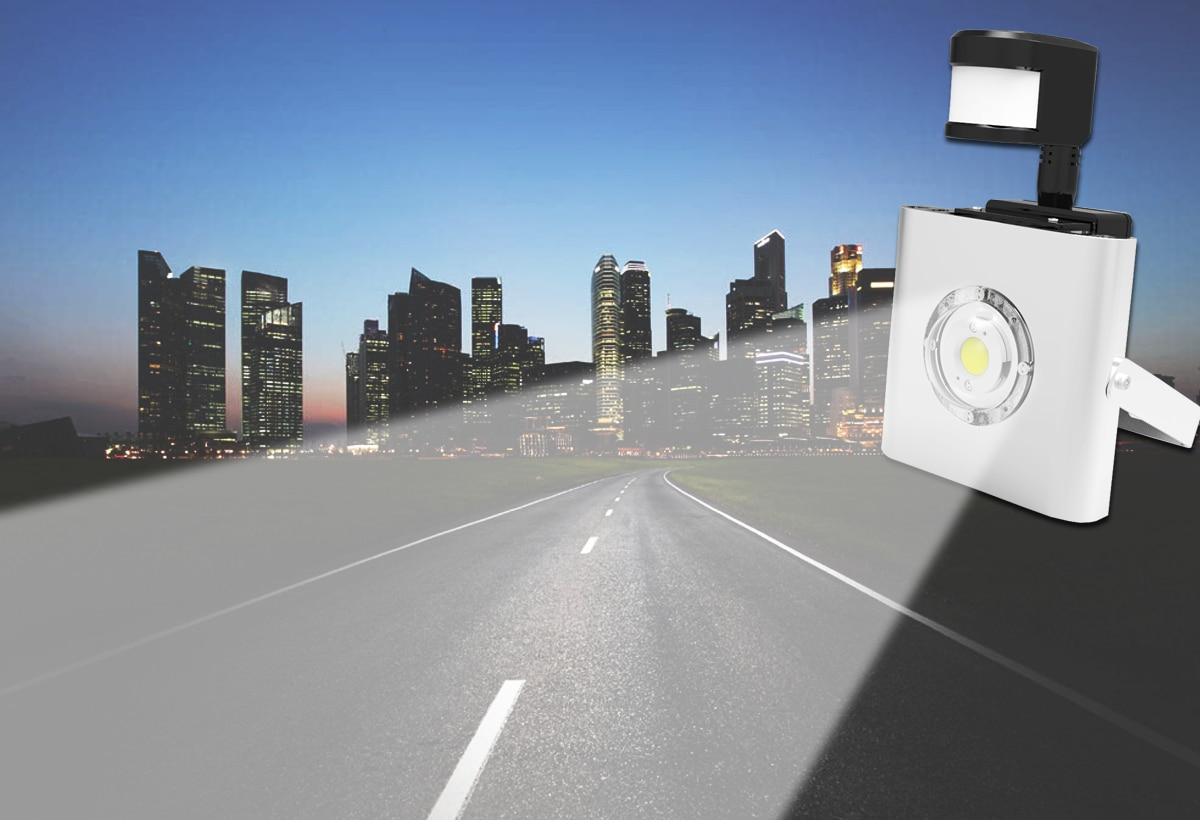 Plafoniera Da Esterno Con Sensore Di Movimento : Faro da esterno a led watt con sensore di movimento