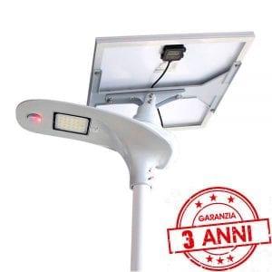 Lampione led stradale con pannello solare orientabile