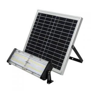 faro solare con pannello fotovoltaico