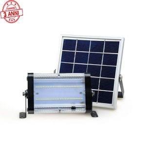 Faro solare 10 W, 20W e 30W con 3 anni di garanzia