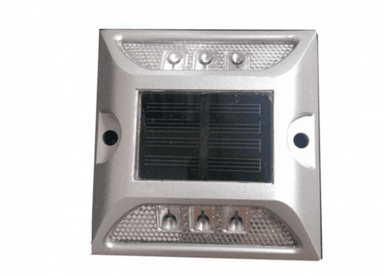 segnapasso ad energia solare stradale marker