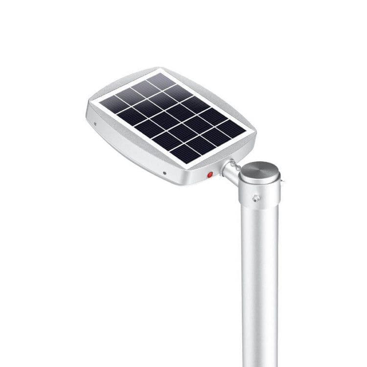 lampione con pannello fotovoltaico