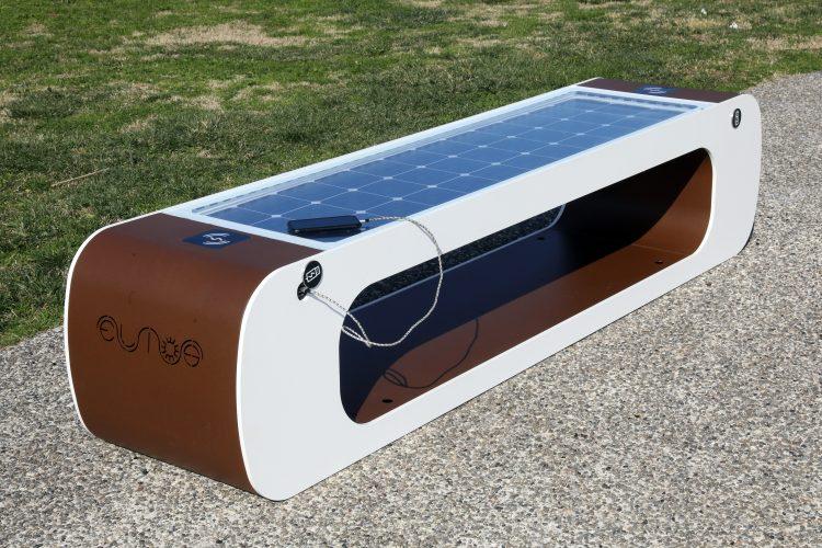 panchine smart intelligenti fotovoltaiche