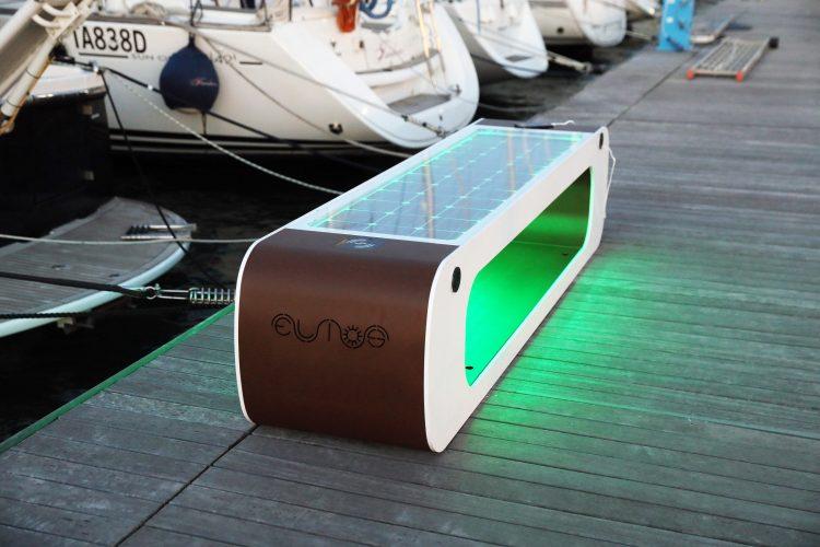 panchine fotovoltaiche intelligenti