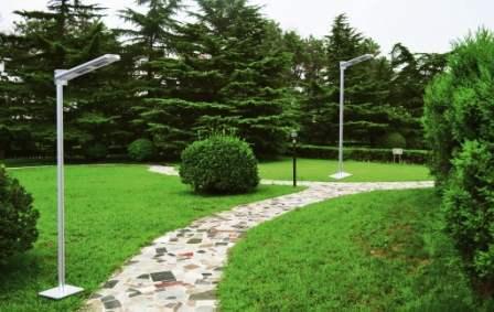 Lampioni da esterno solare, installazione semplicissima su palo