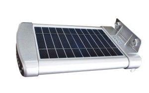 Lampione solare dettaglio pannello fotovoltaico