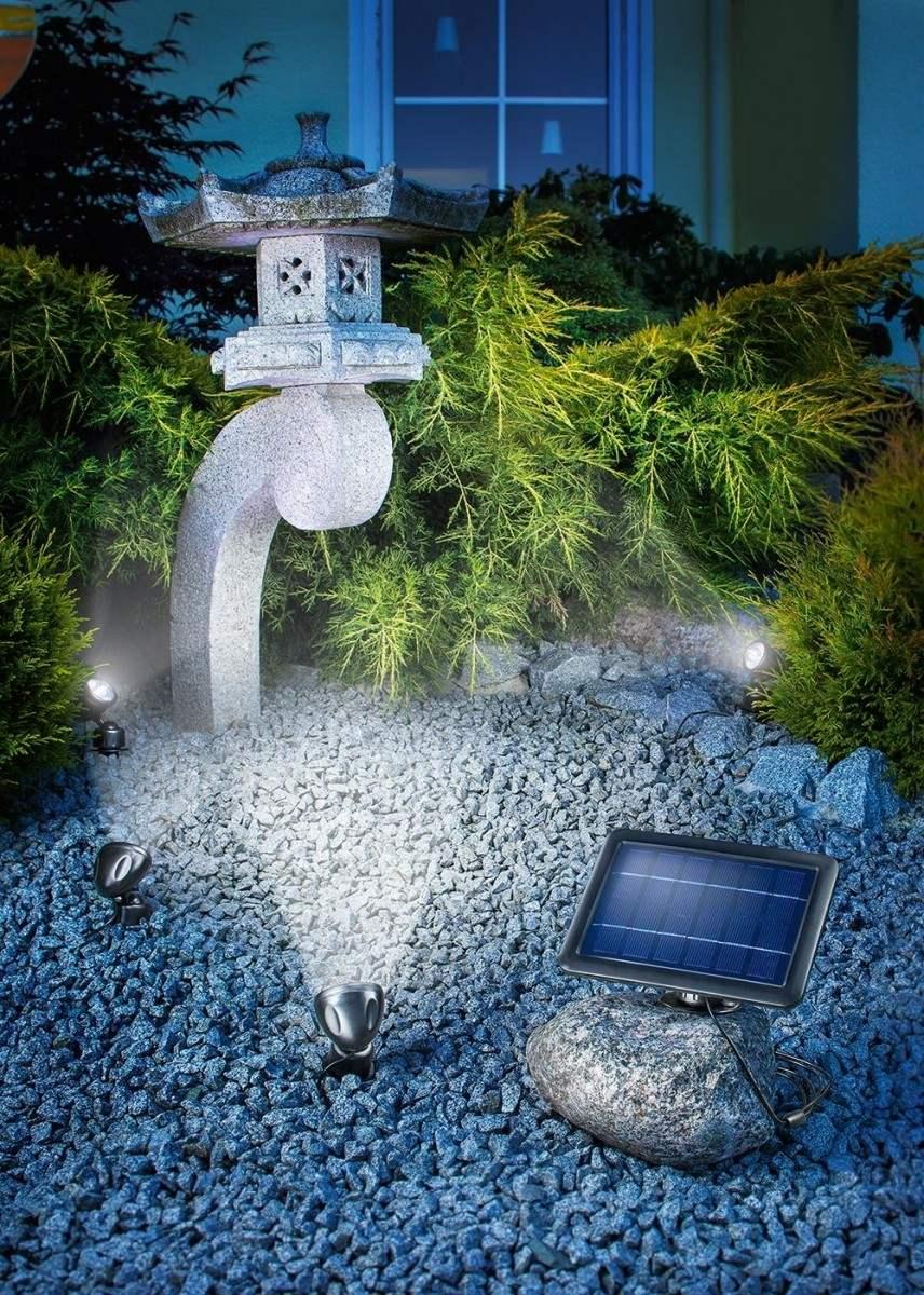 Faretti solari da giardino per illuminazione oggetti e for Filtro per laghetto ad energia solare