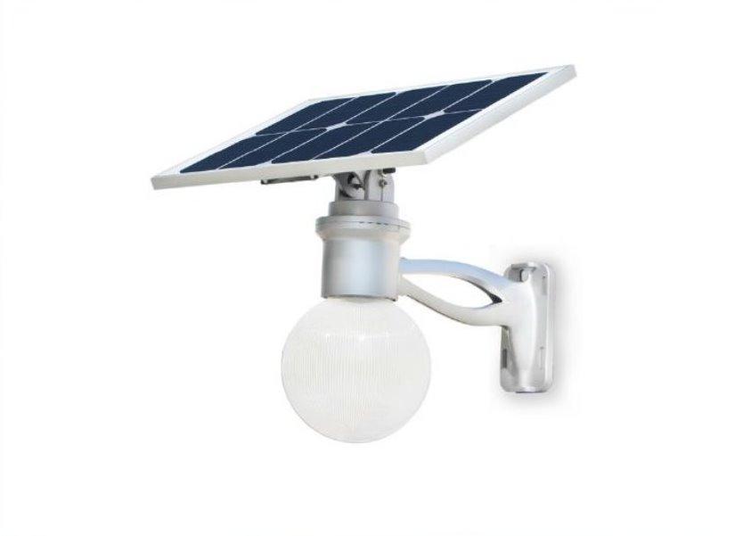 Plafoniere Con Pannello Solare : Lampione a led solare con pannello fotovoltaico orientabile