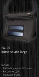 Utilizza la borsa a tracolla con pannello fotovoltaico per ricaricare i tuoi dispositivi.